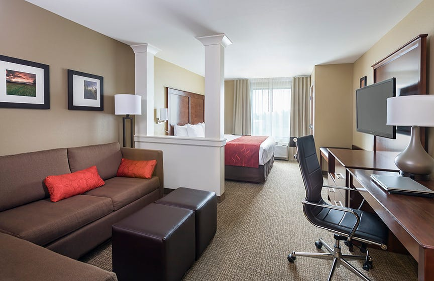 Hotels revamp guest rooms for Millennial travelers