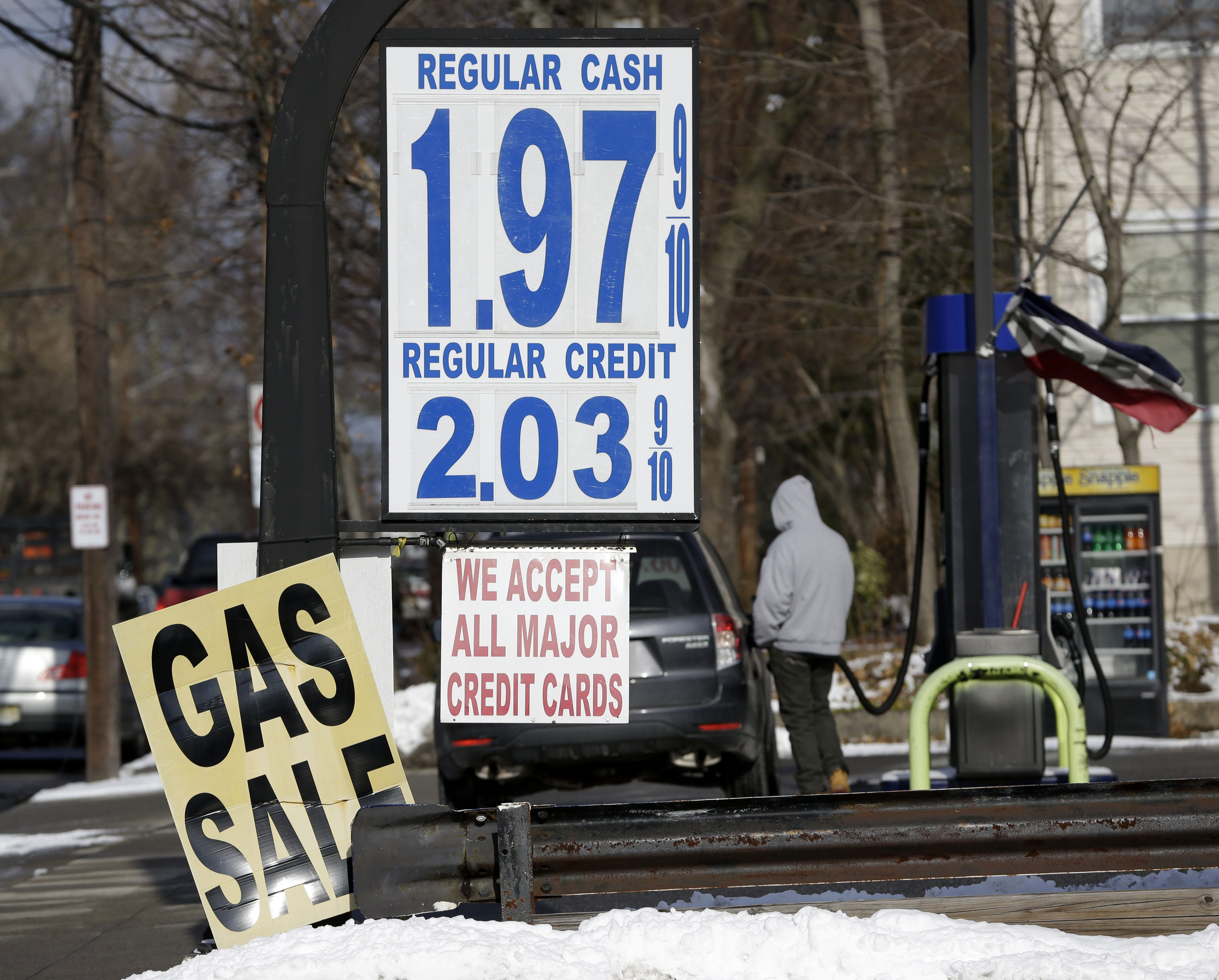 National gas prices to soon fall below $2