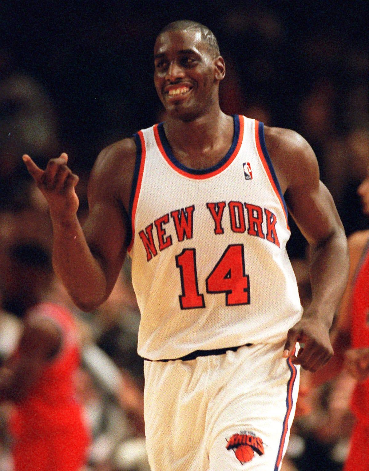 brand new 964ae 9567d Former New York Knicks star Anthony Mason dies at 48