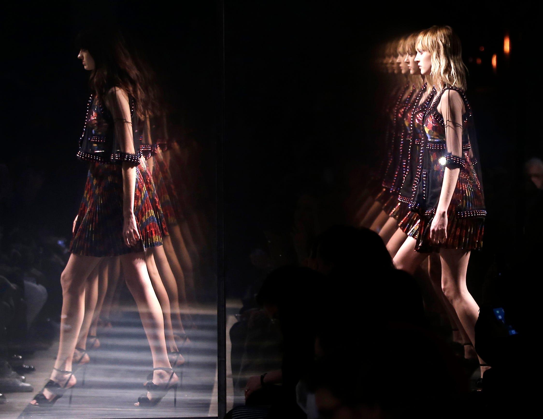 635607076320821671-APTOPIX-Italy-Fashion-Marco-De -Vincenzo-nyang-sheboygan-press.com-7.jpg