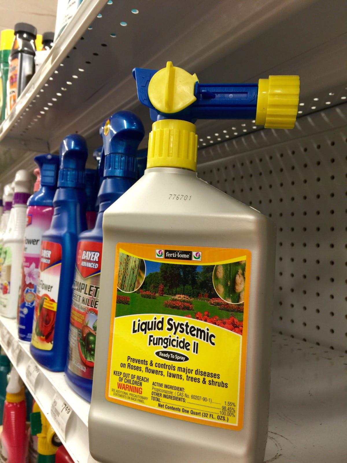 Denver halts some pot sales over bug spray worries