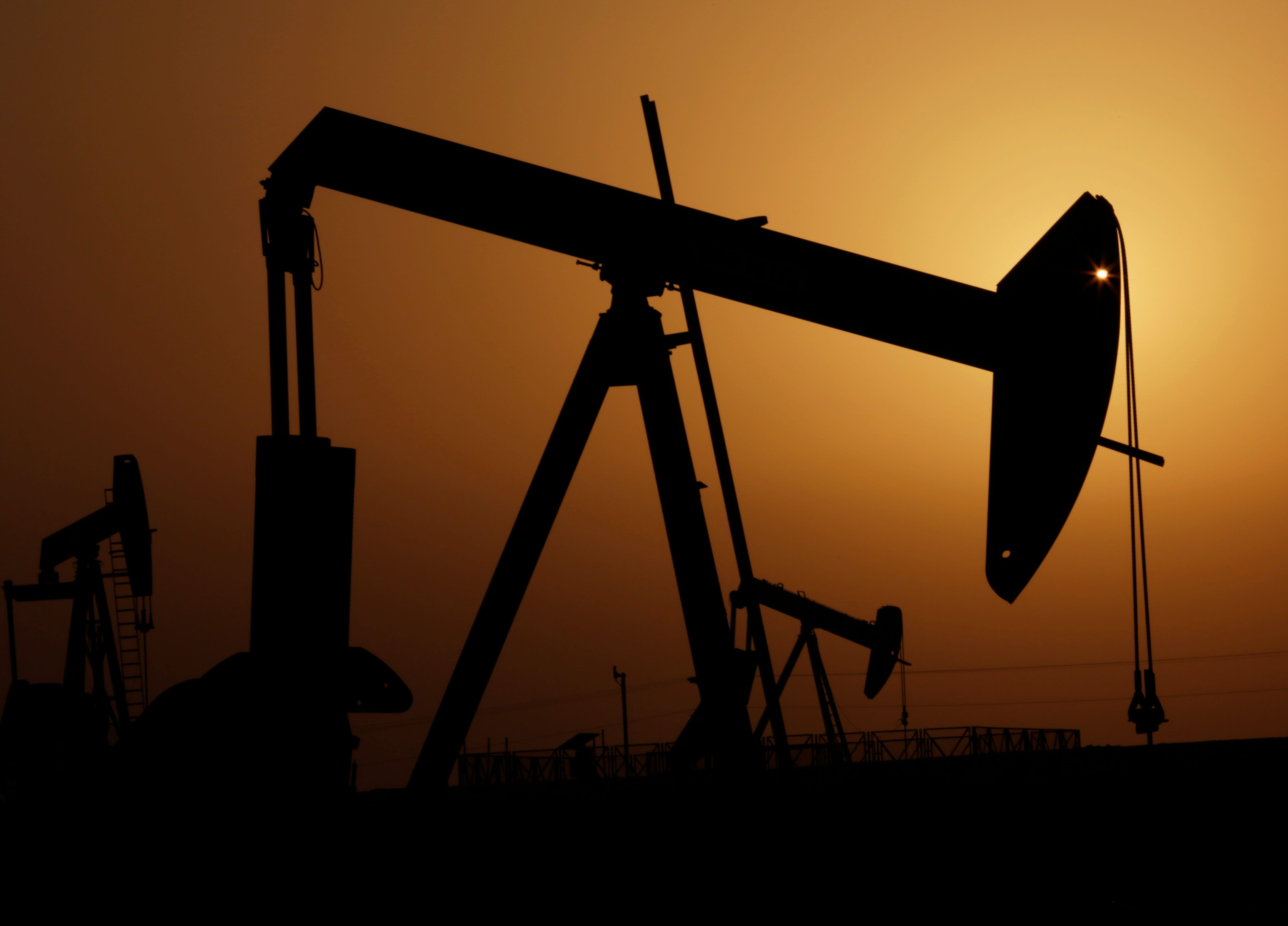 Oil producers see price slump outlasting recent rally