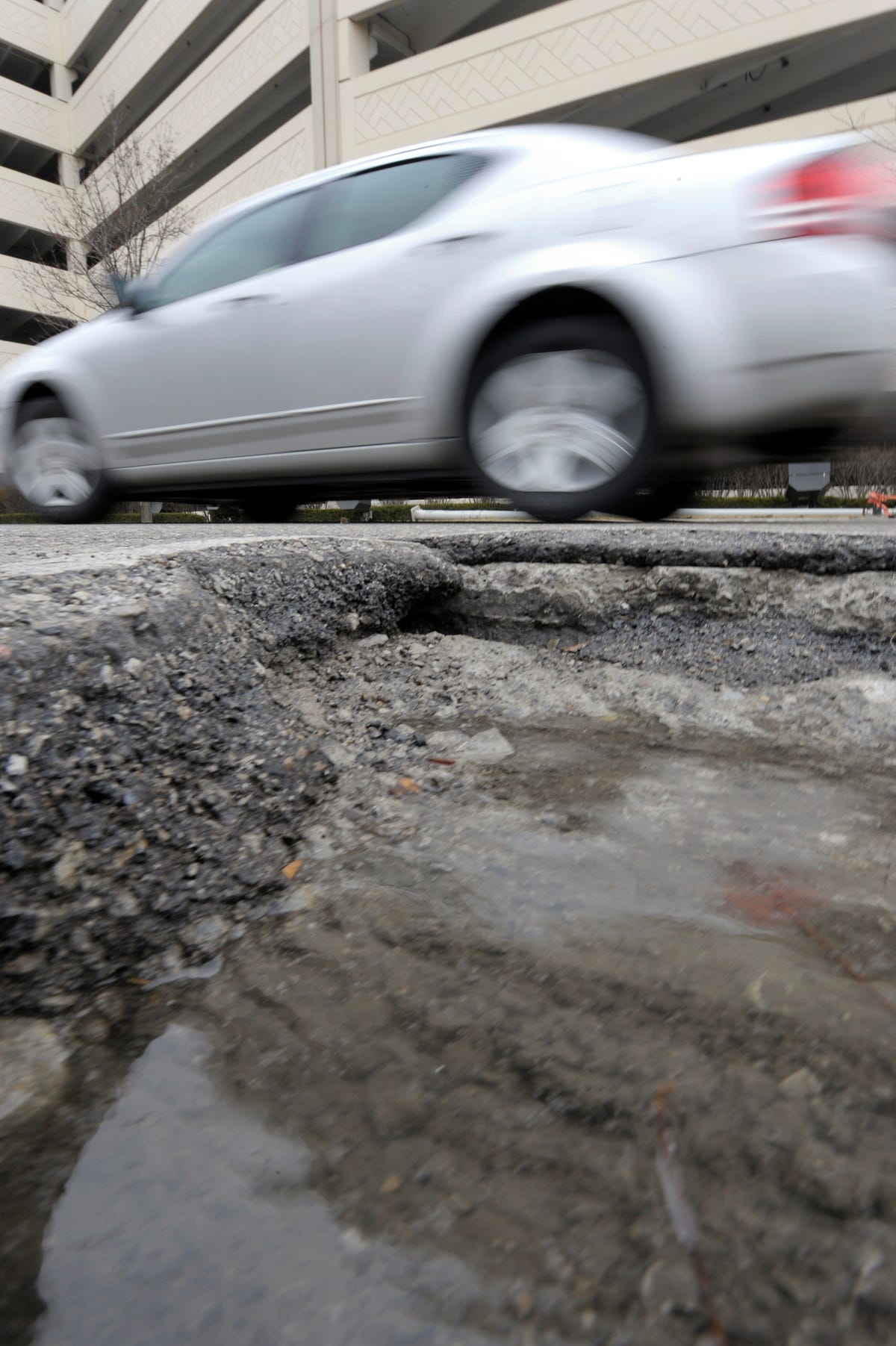 Federal road aid at risk for Michigan