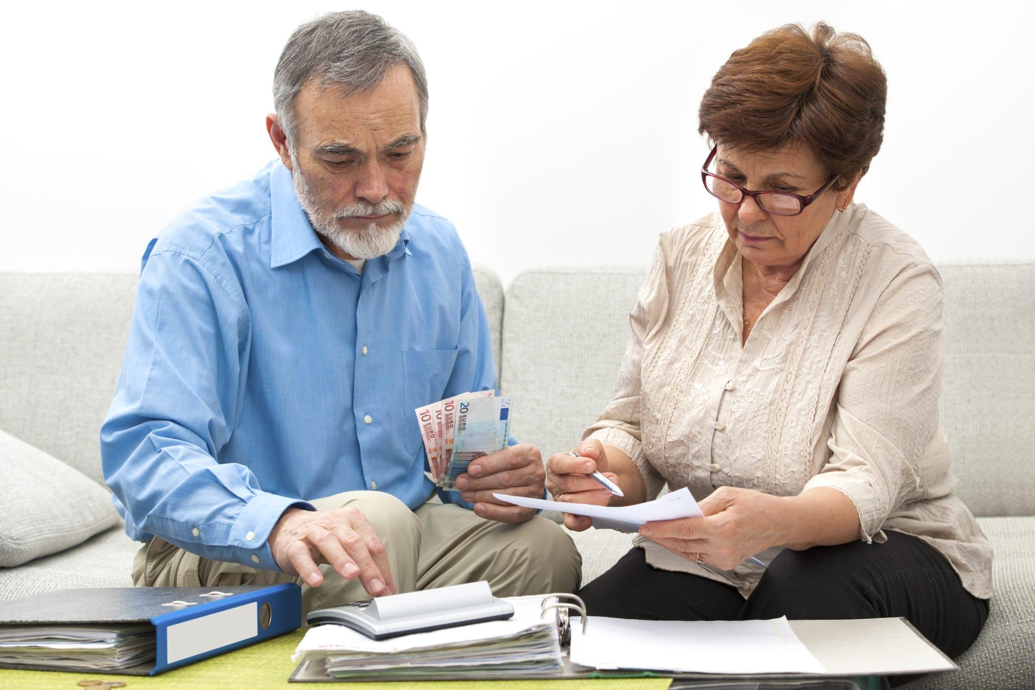 Major money mistakes for seniors and retirees