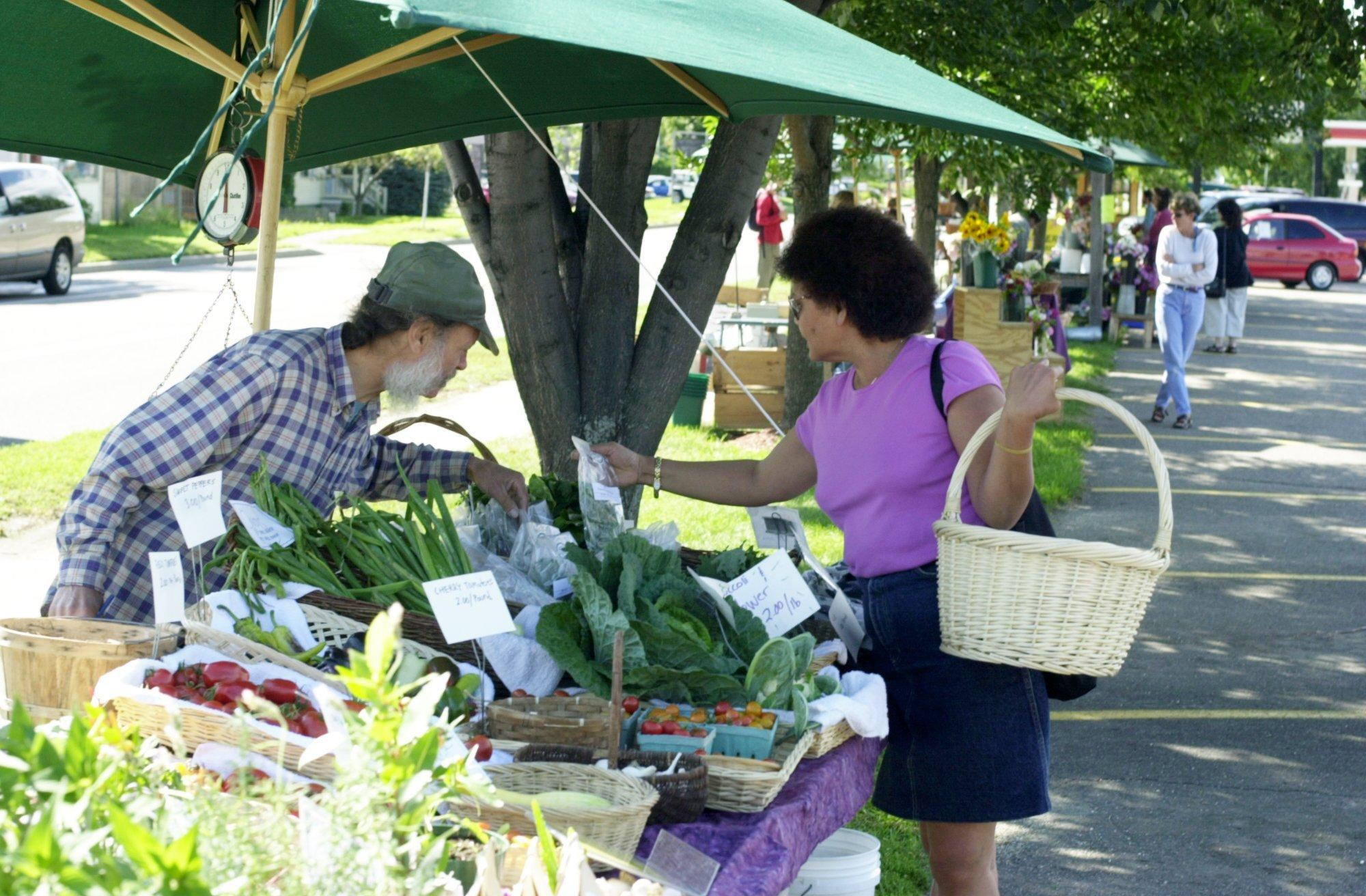 Too much of a good thing? Five Chittenden County farmers markets have disappeared in five years