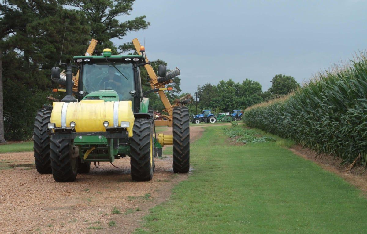 La  corn farmers in line for part of $1 4B settlement