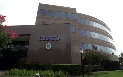 Restaurant owners waited in hours-long line at the Sysco warehouse in Tolleson on Oct. 14
