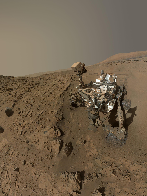 635722360228001837-AP-NASA-Mars-Curiosity NASA Curiosity Rover unearths building blocks in 3-billion-year-old organic matter on Mars