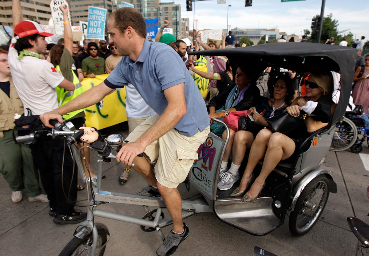 Mississippi city to ponder pedicabs