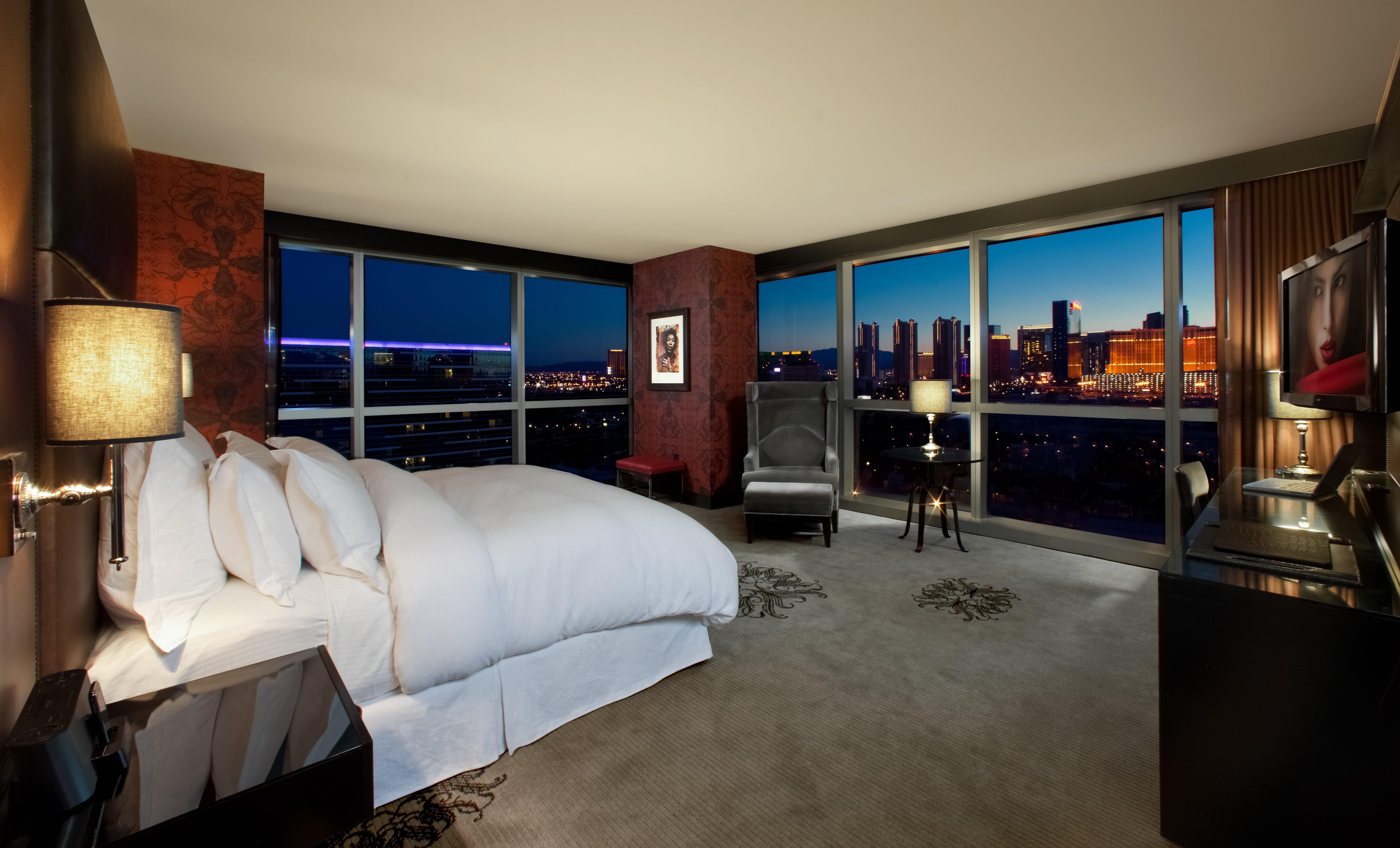 One Bedroom Tower Suite Mirage 635725742974152053 Supreme King Corner Suite At Hard Rock Hotel Casino Credit Erik Kabikjpg