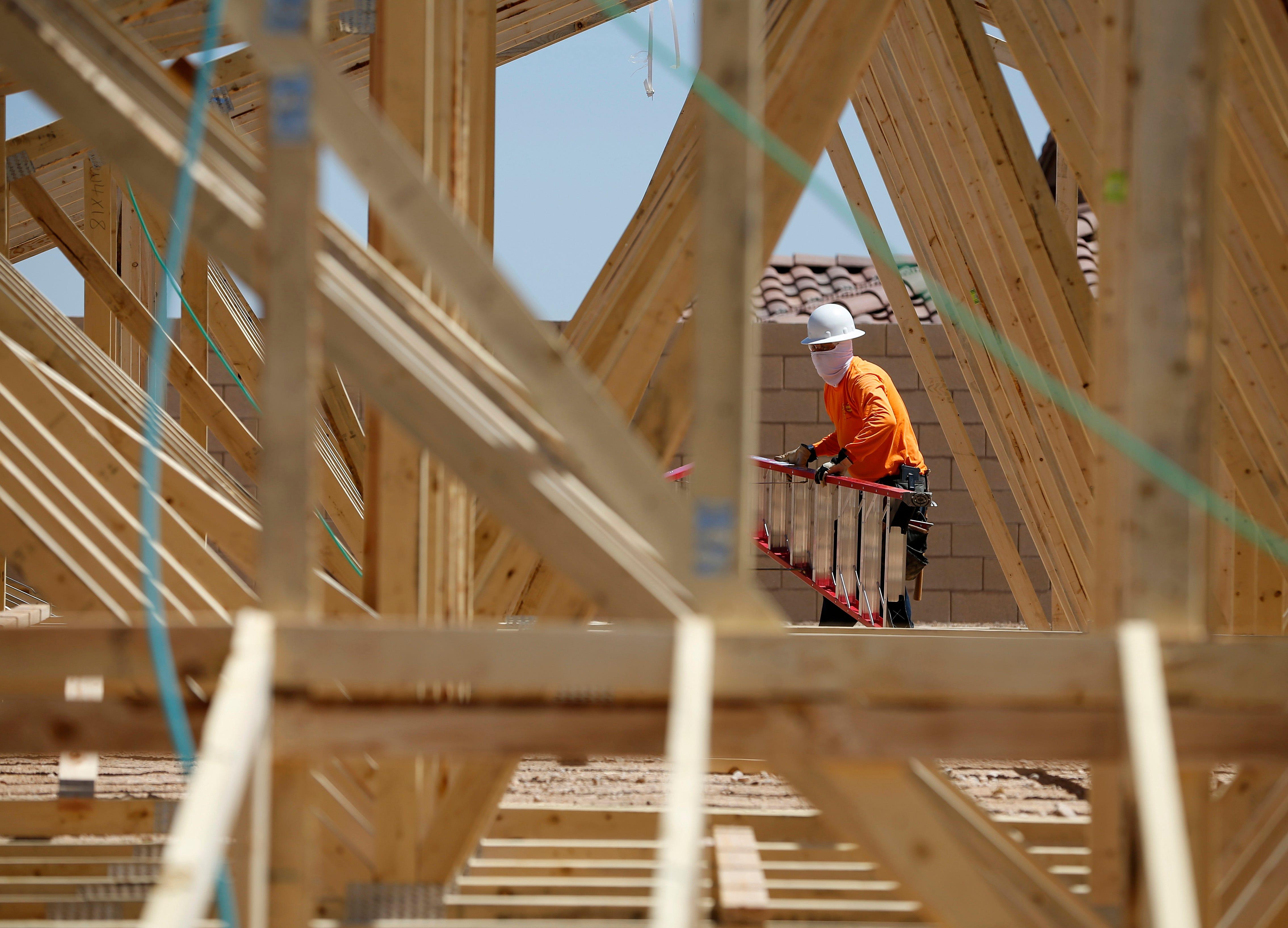 US homebuilder sentiment hits highest level since 2005
