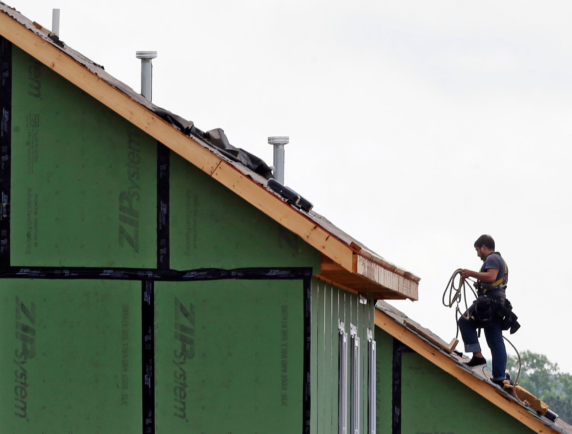 Single family housing starts surge at fastest pace since Oct. 2007