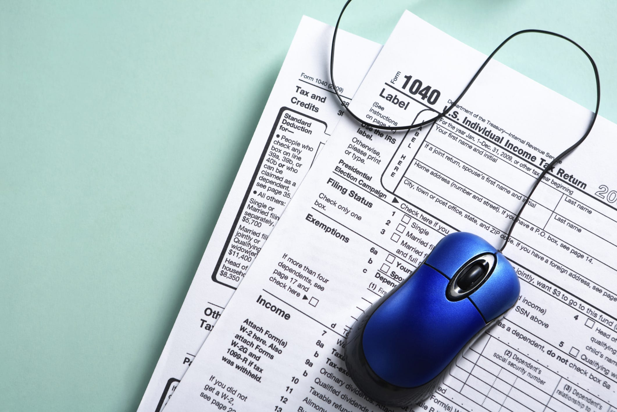 IRS needs to do more to fight income tax identity theft