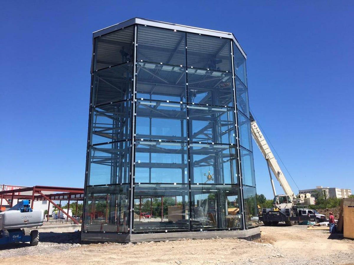 Carvana to bring car vending machine concept to Nashville