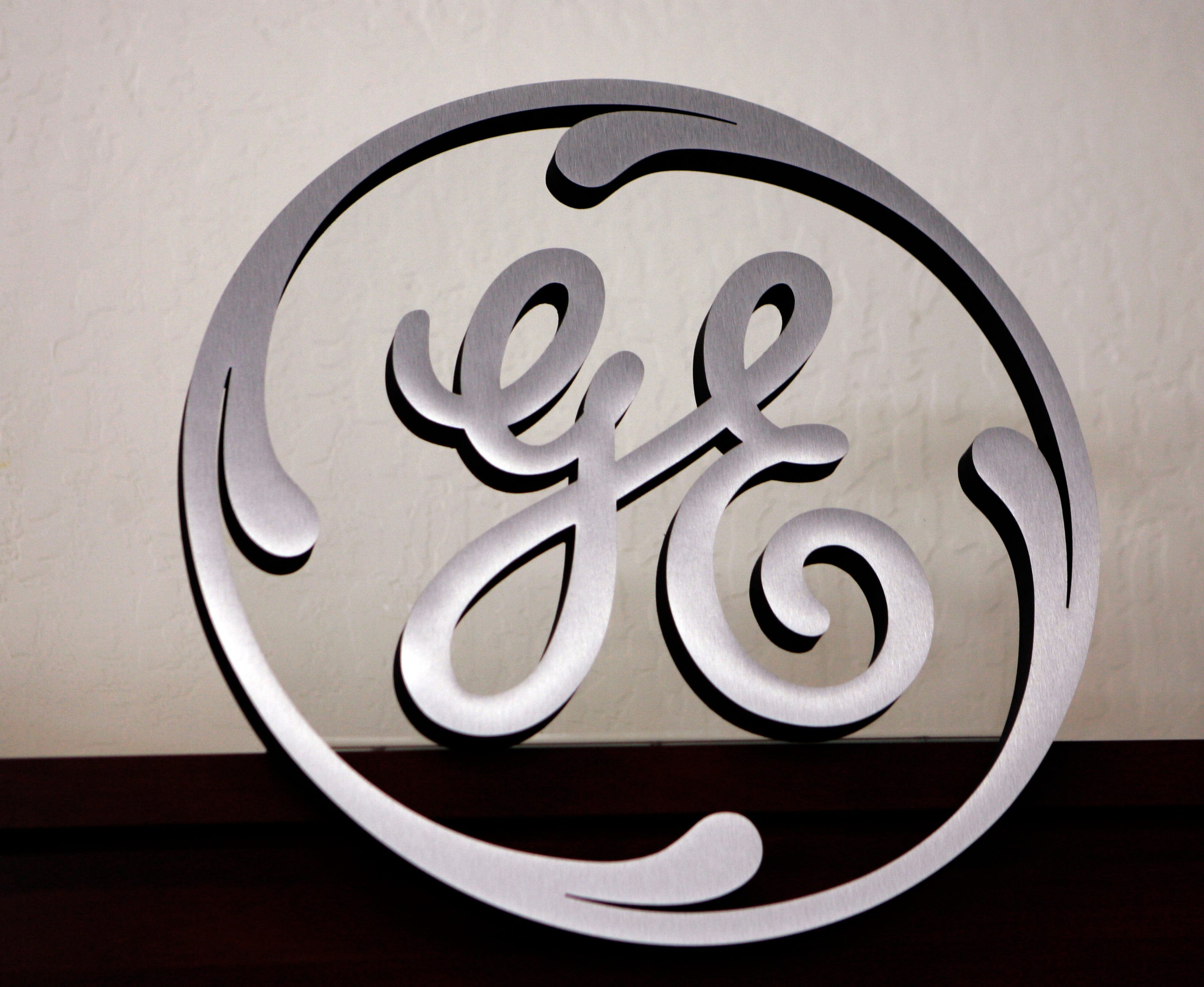 GE may move up to 500 jobs overseas