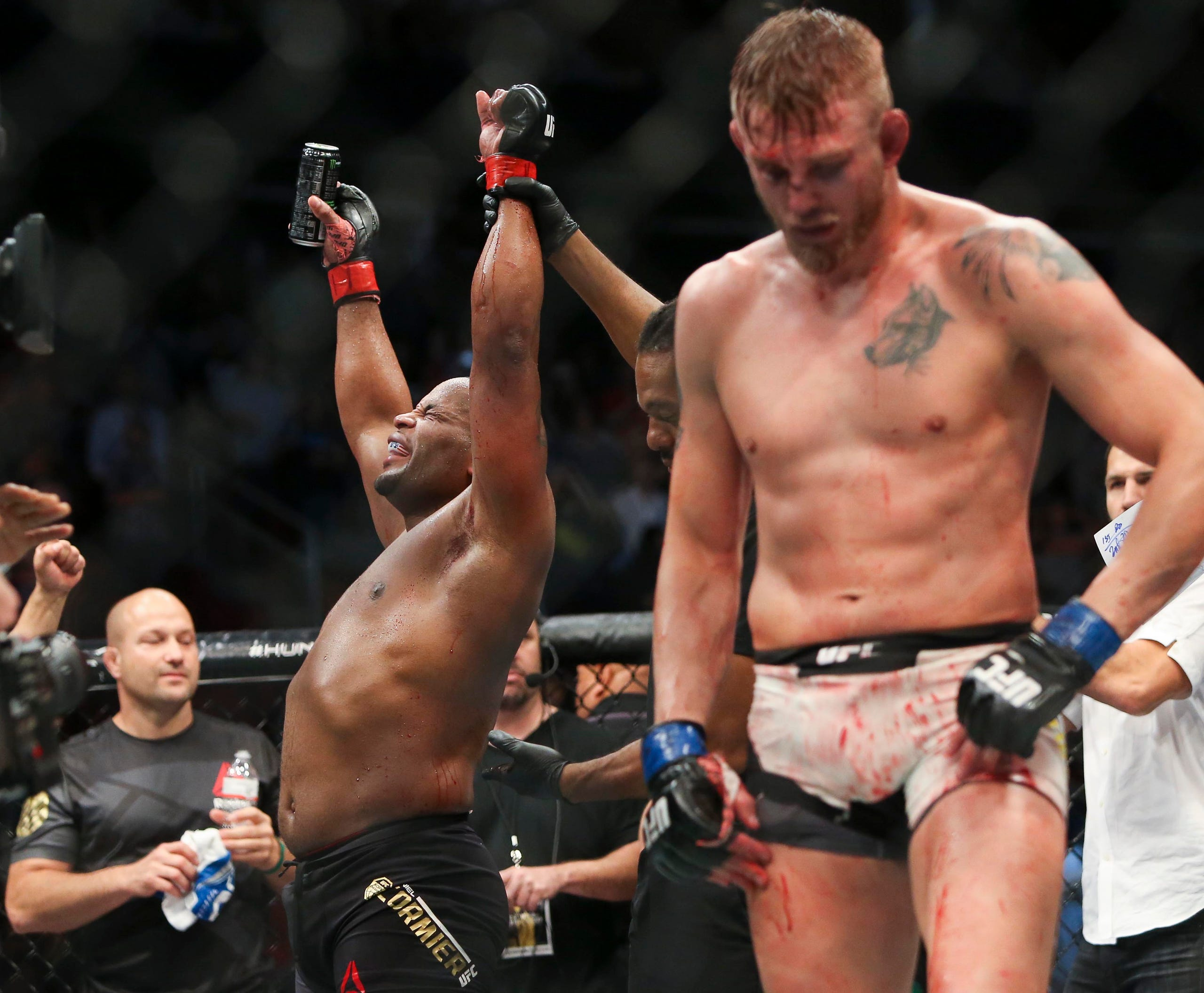 Daniel cormier vs alexander gustafsson betting odds can you bet on the derby online
