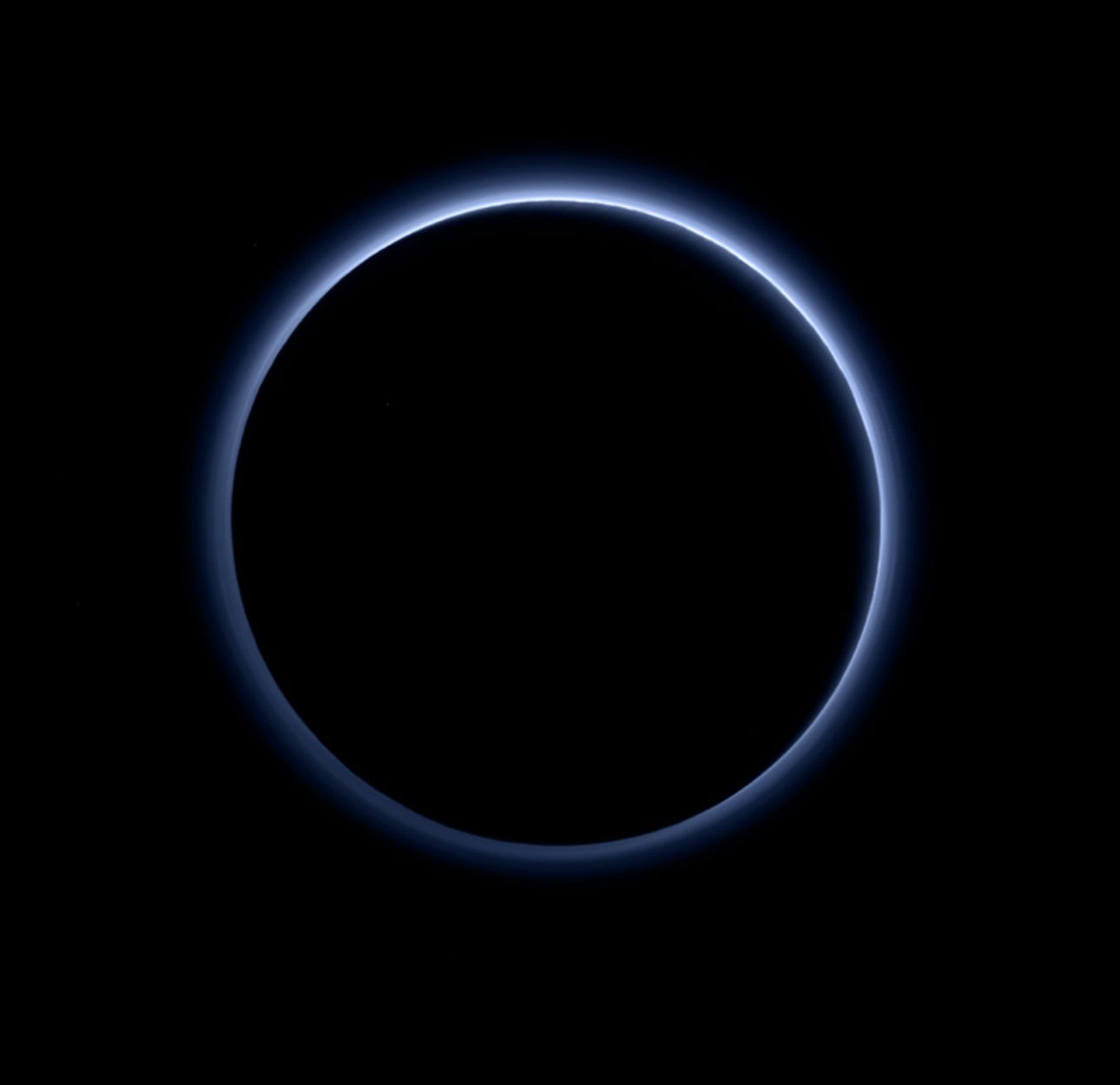 New Pluto photos leave NASA scientists 'reeling'