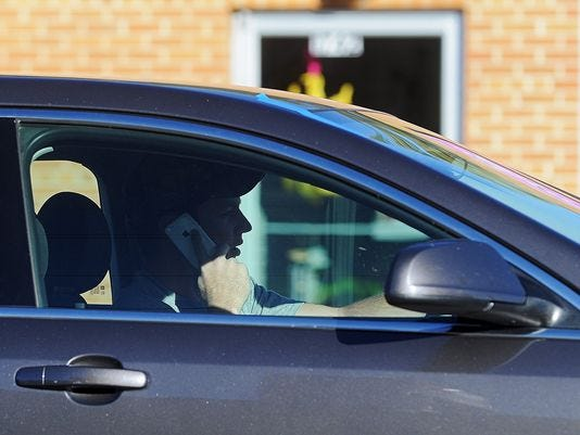 City Council to consider ban on phone calls, handheld electronics while driving in Sioux Falls | Argus Leader