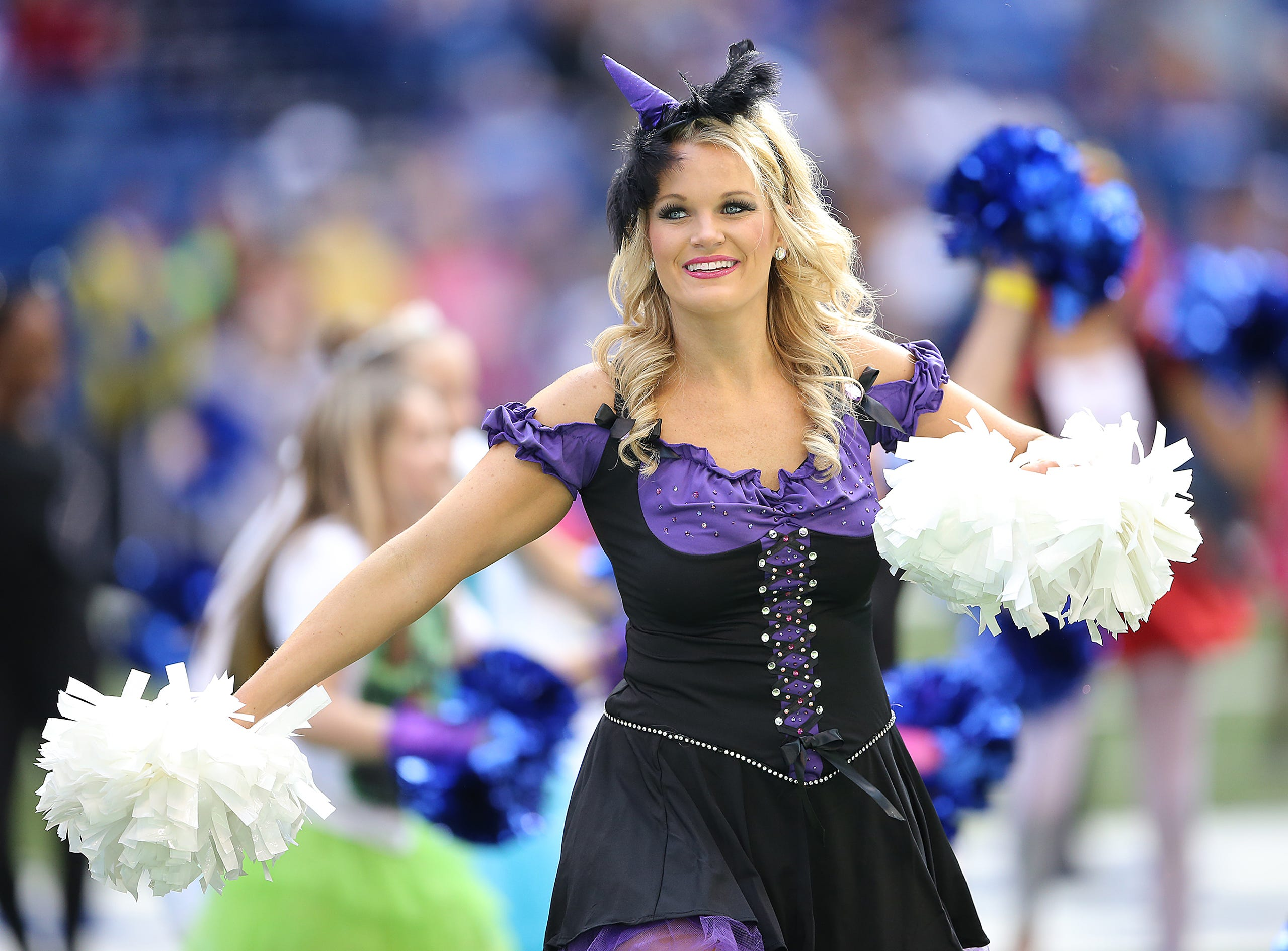Colts Cheerleaders In The Best Halloween Costumes Sunday