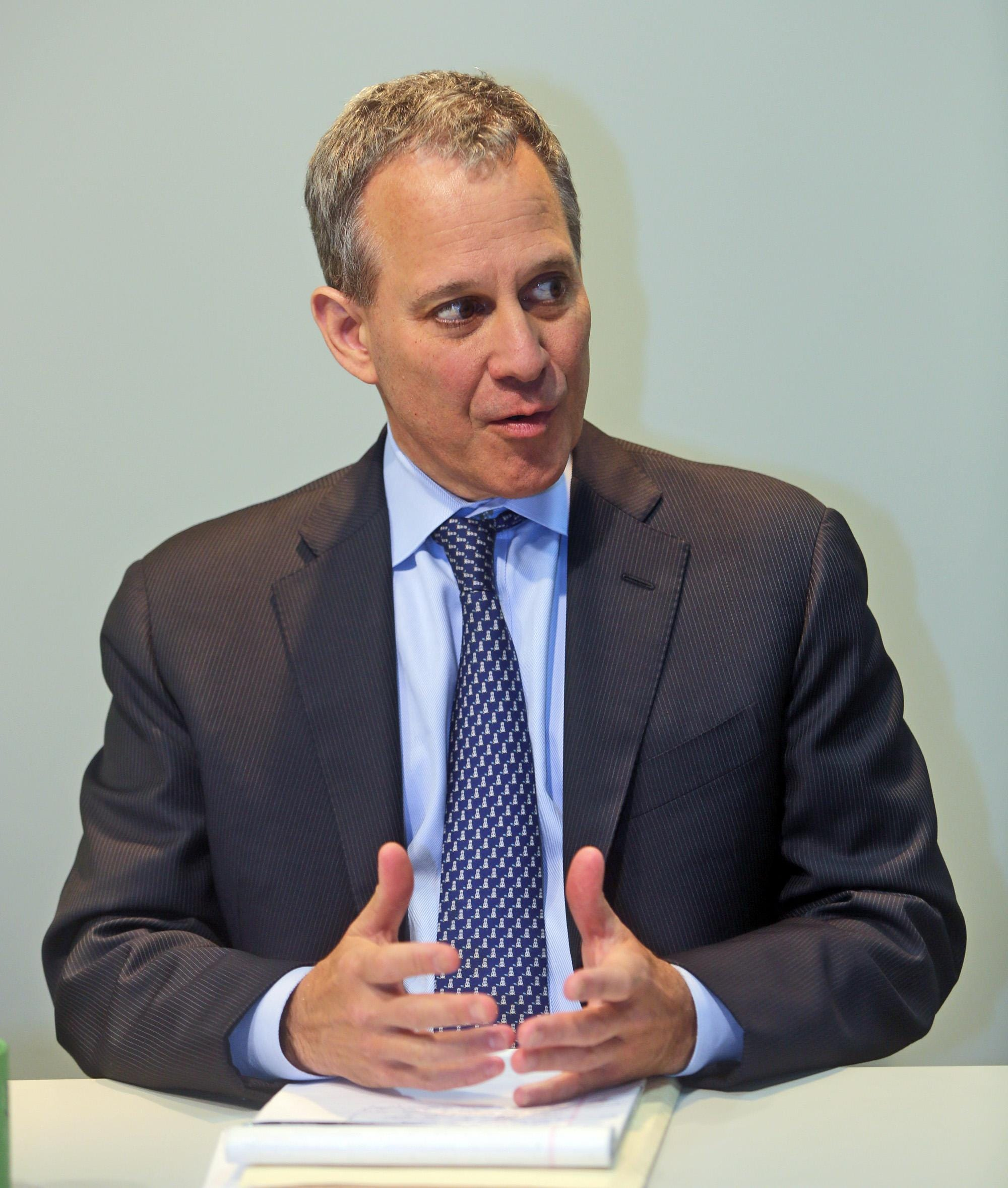 N.Y. AG Eric Schneiderman resigned amid violence accusations. Now what happens?
