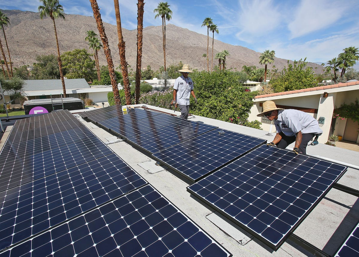 California solar firms clash with ratepayer watchdogs