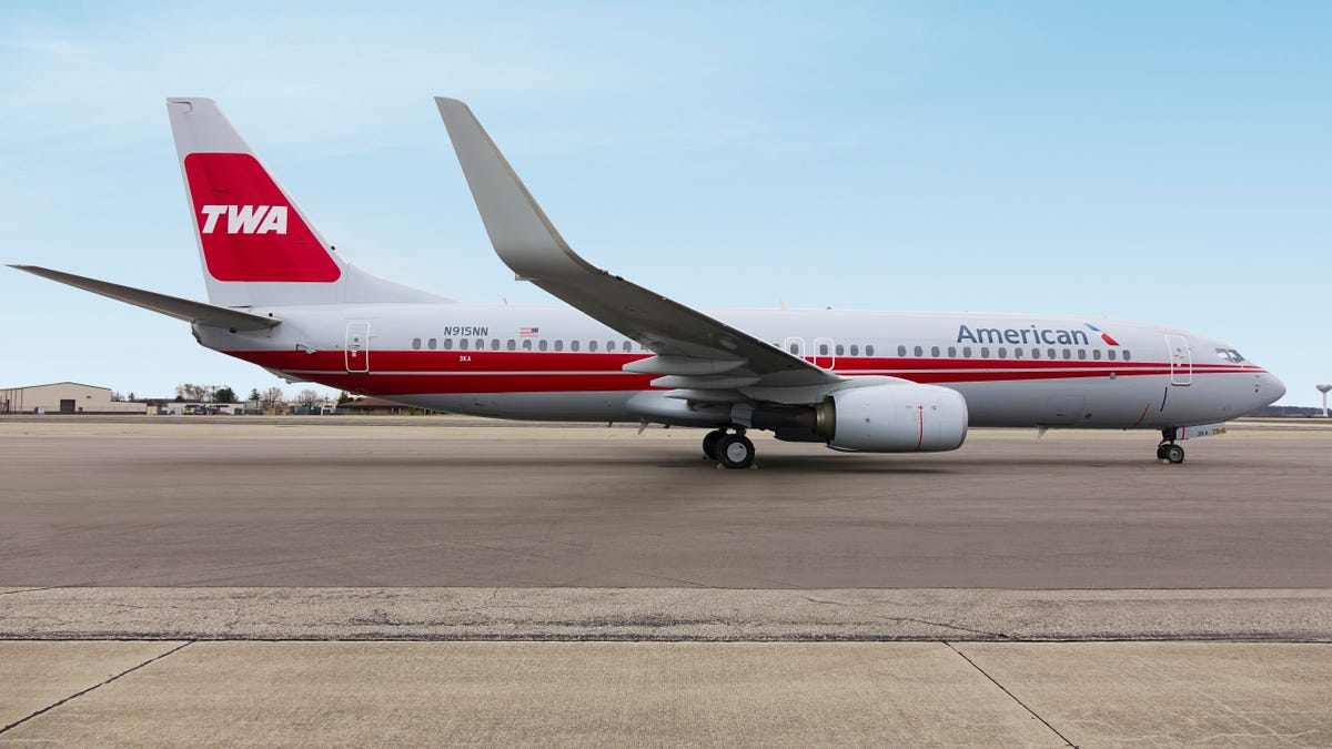American completes 'Heritage' plane rollout with TWA, AirCal paint jobs