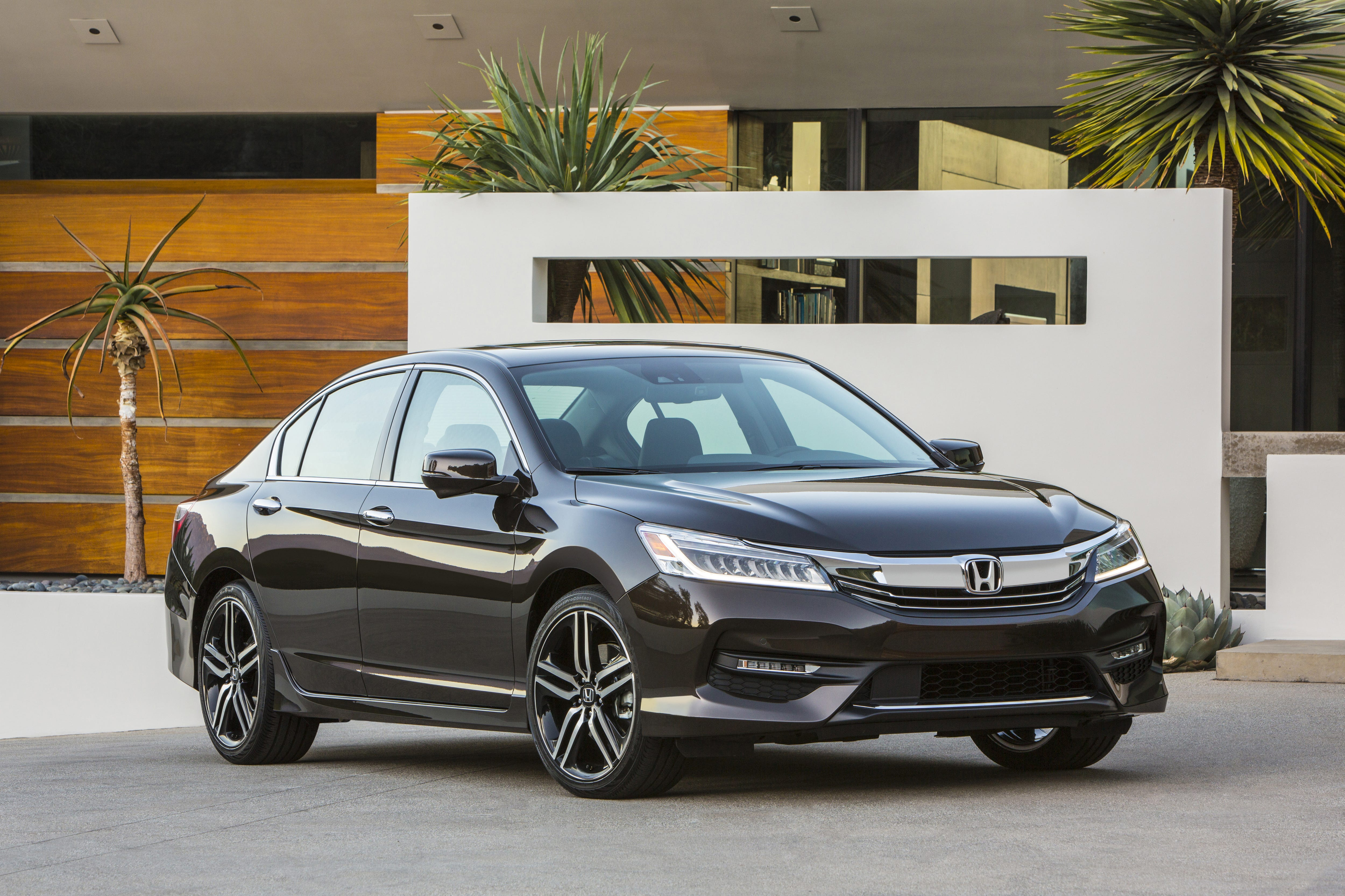 Honda recalling 1.5M Accord cars to prevent potential engine fires