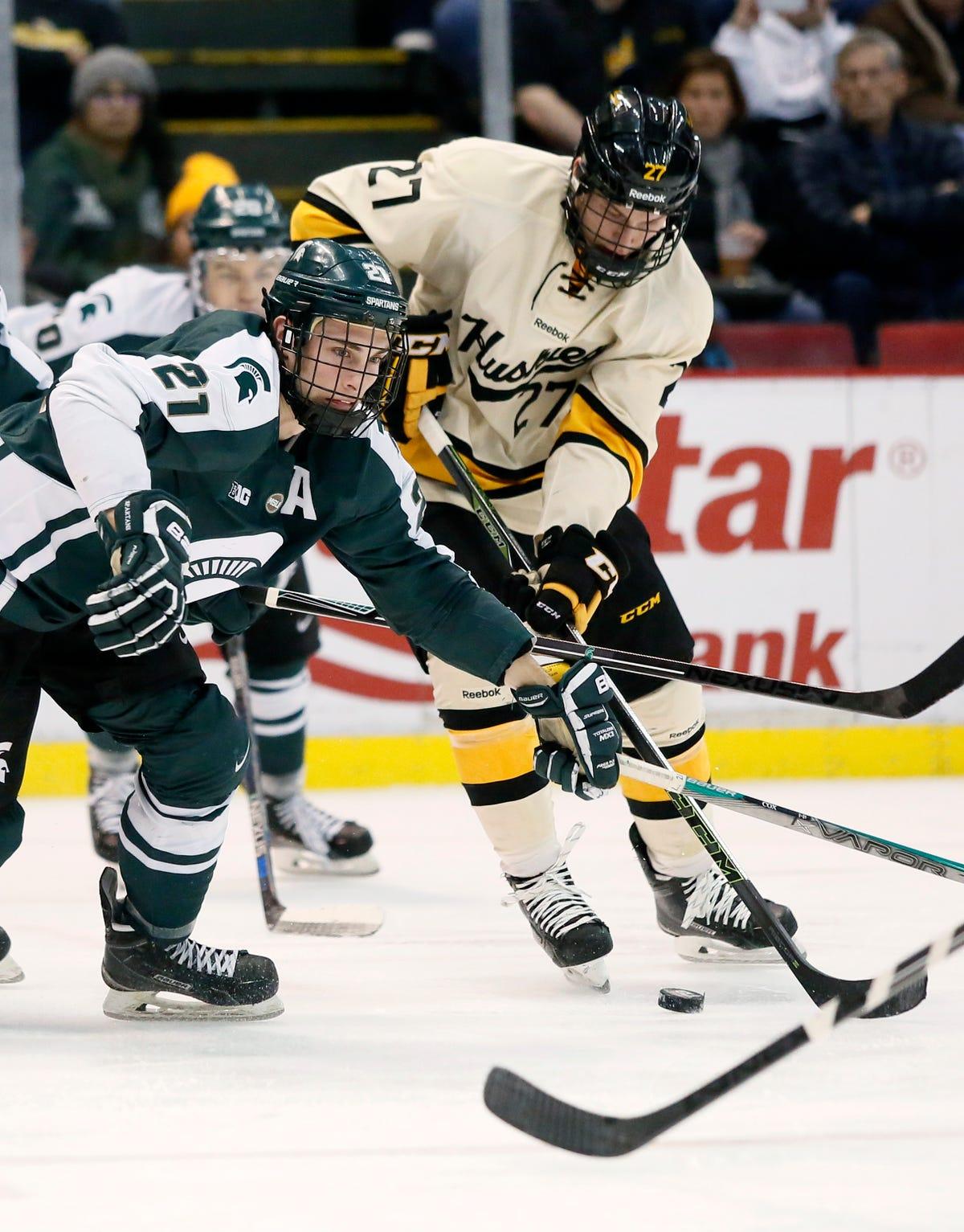 online store afb15 e0e8d Michigan Tech 3, MSU 2 (OT): Huskies pull off comeback in ...