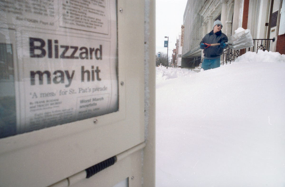 Blizzard of 1993 and blizzard of 1996: Readers in York, Pa