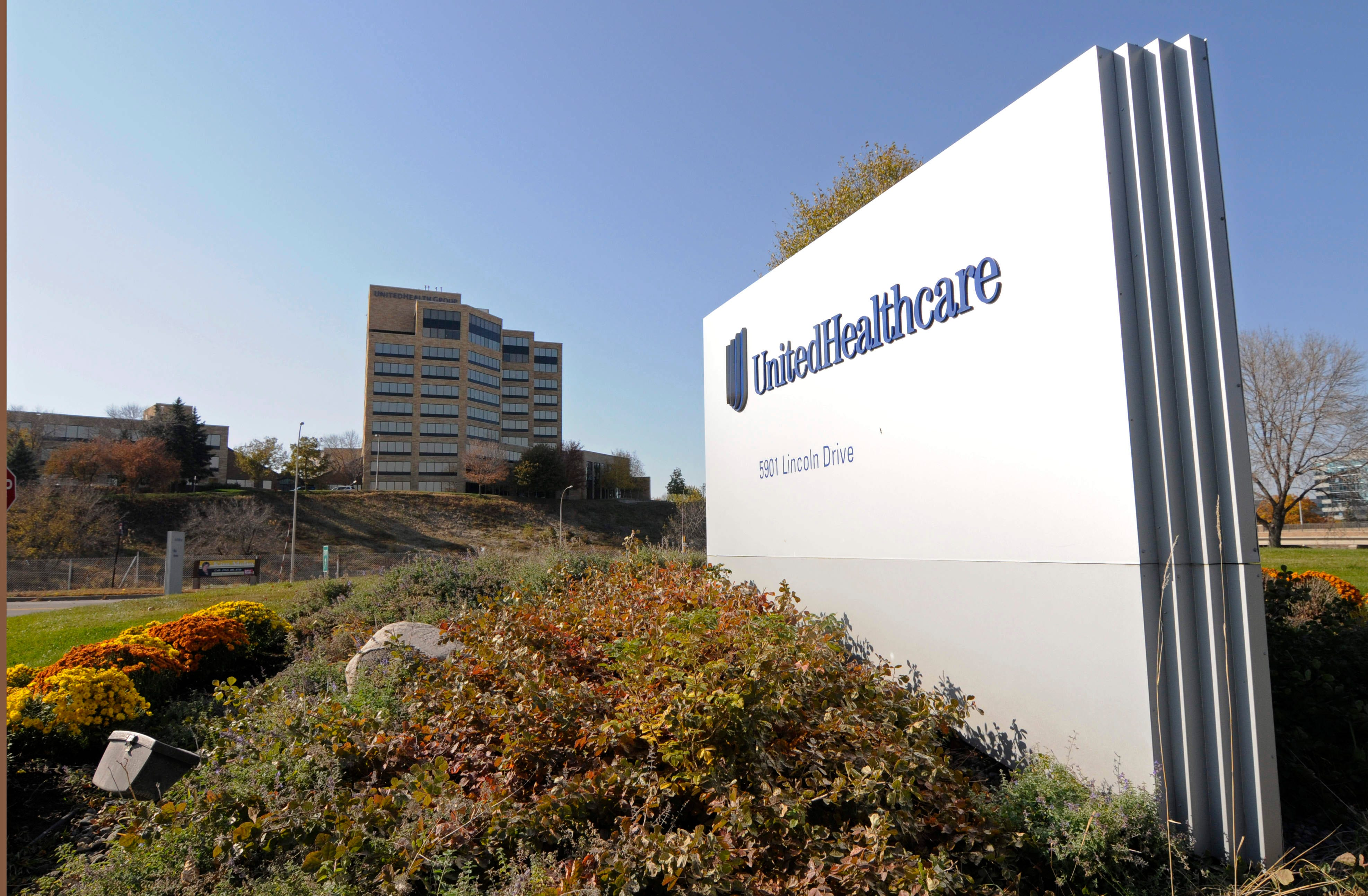 UnitedHealth CEO to step down after run of more than decade