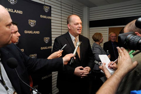 Oakland explores adding DI men's, women's hockey