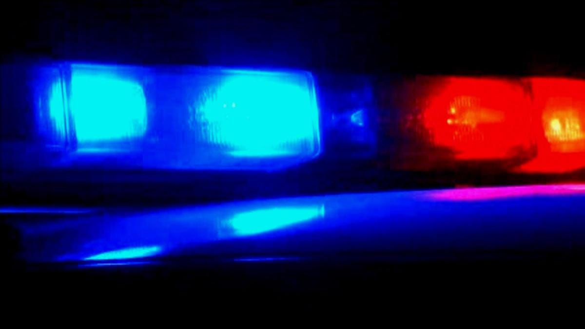 1 dies in Northeast El Paso crash on Railroad and Diana drives, police say | El Paso Times