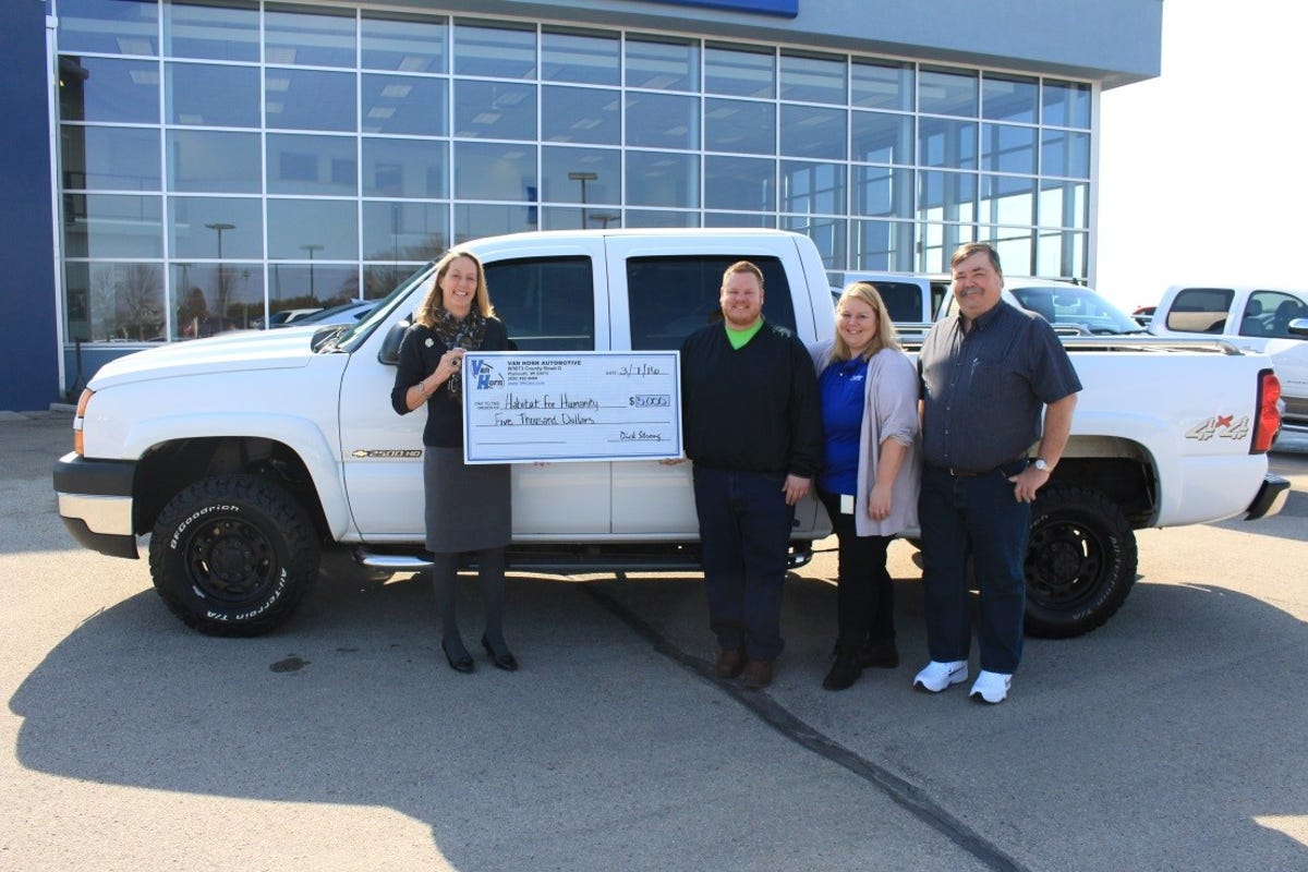 Van Horn Auto >> Fond Du Lac Area Habitat For Humanity Receives Donations For