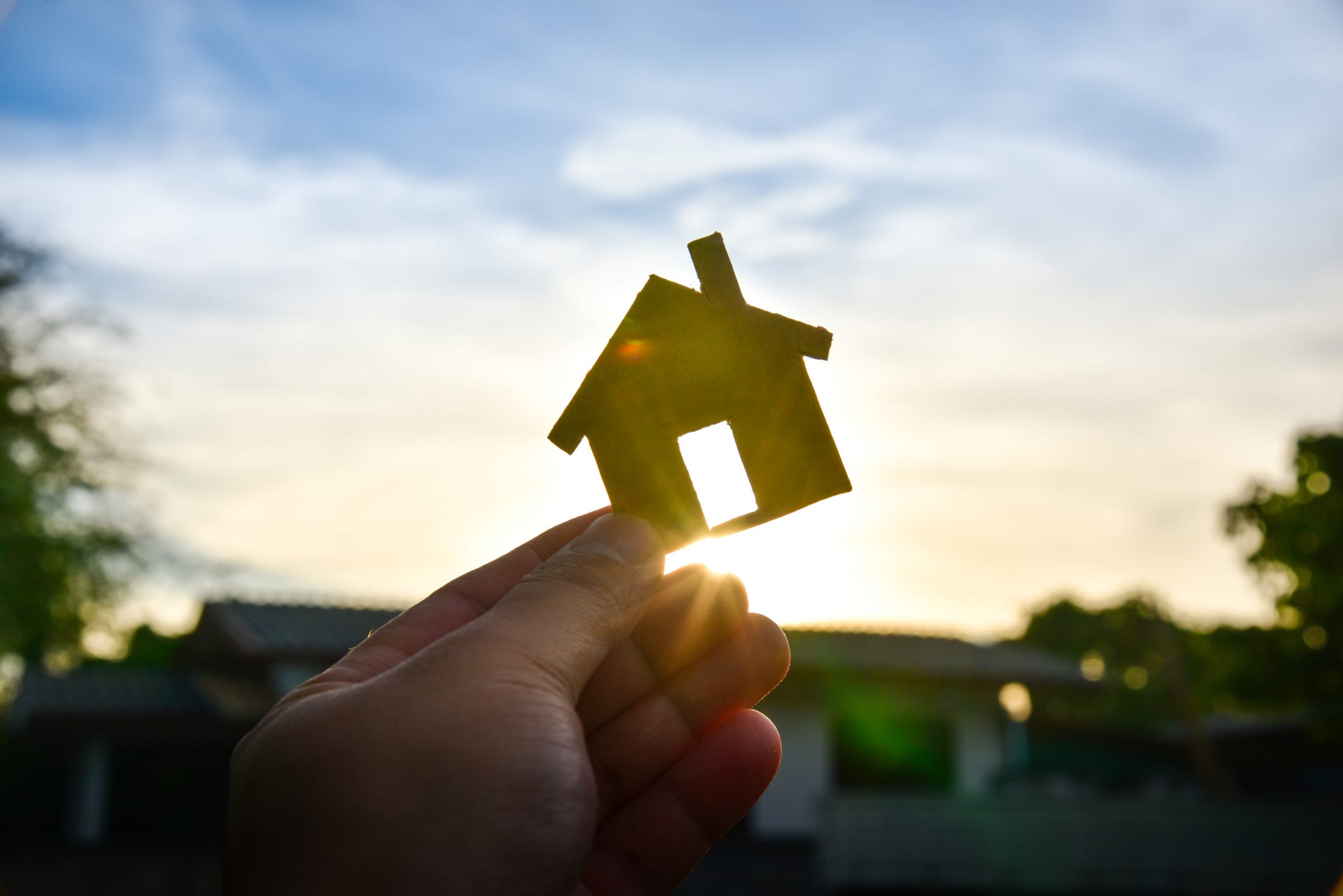 5 signs you're not ready to buy a house