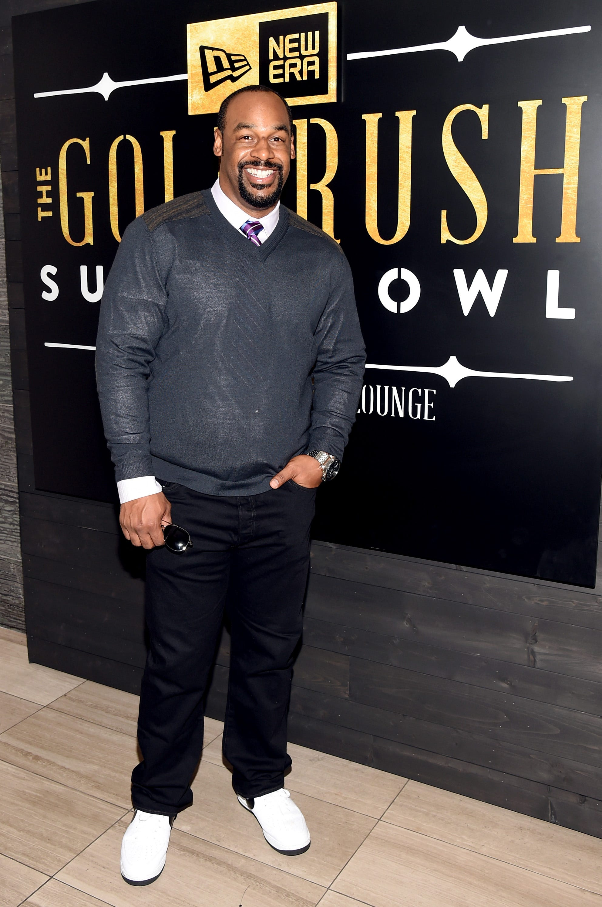 Donovan McNabb, Eric Davis suspended by ESPN as it investigates harassment allegations