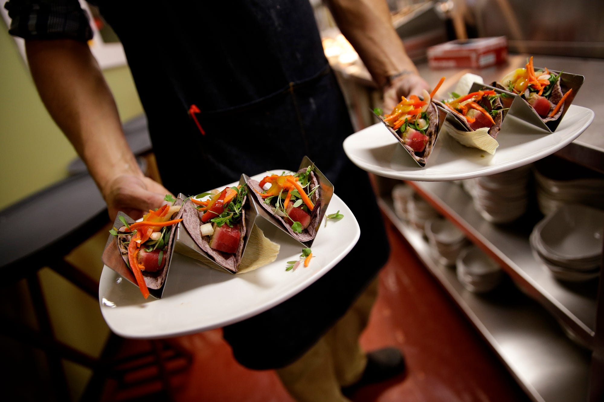 http://www.indystar.com/picture-gallery/life/food/2015/06/17/peek ...