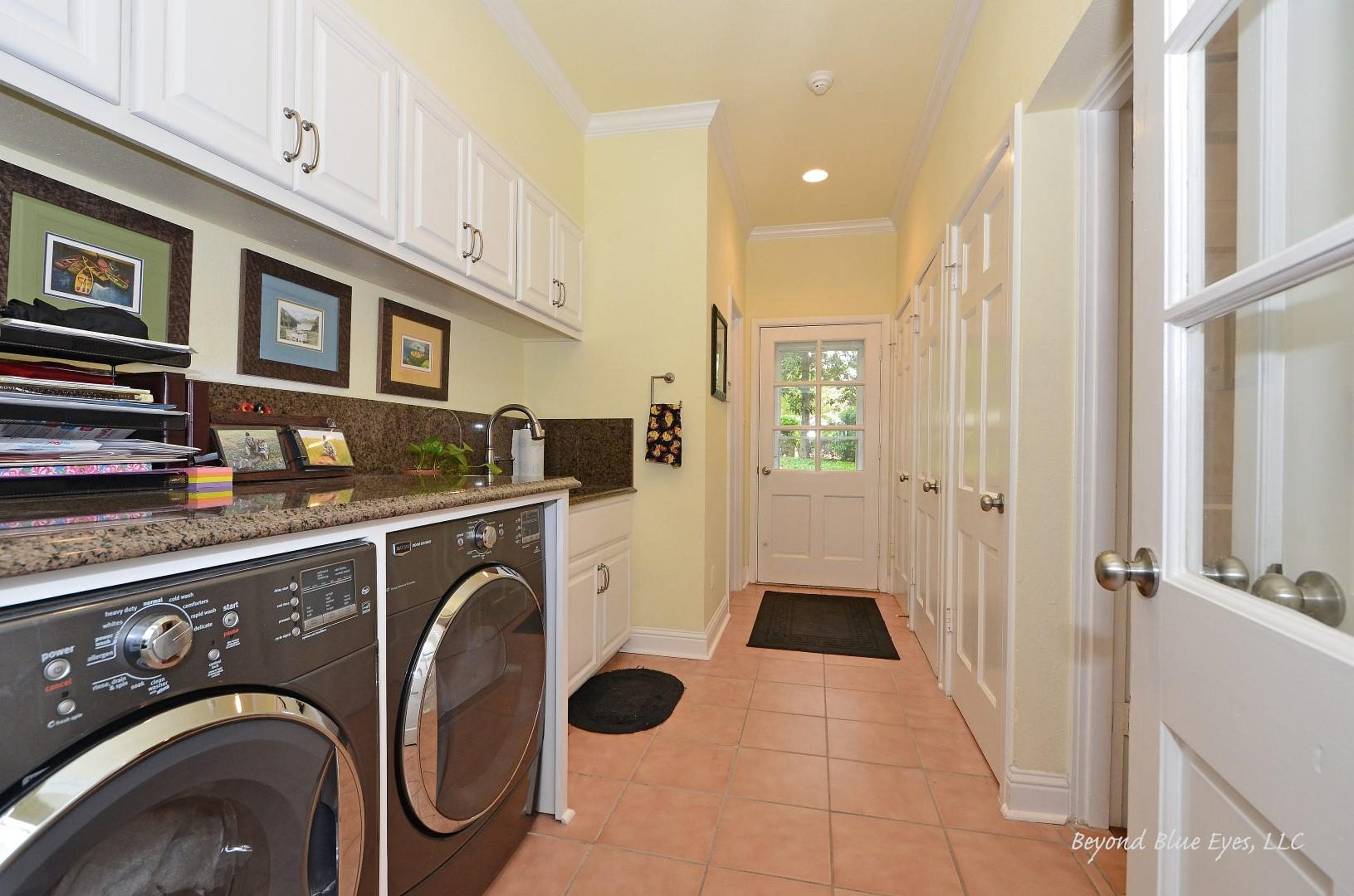 Homes With Luxurious Laundry Rooms