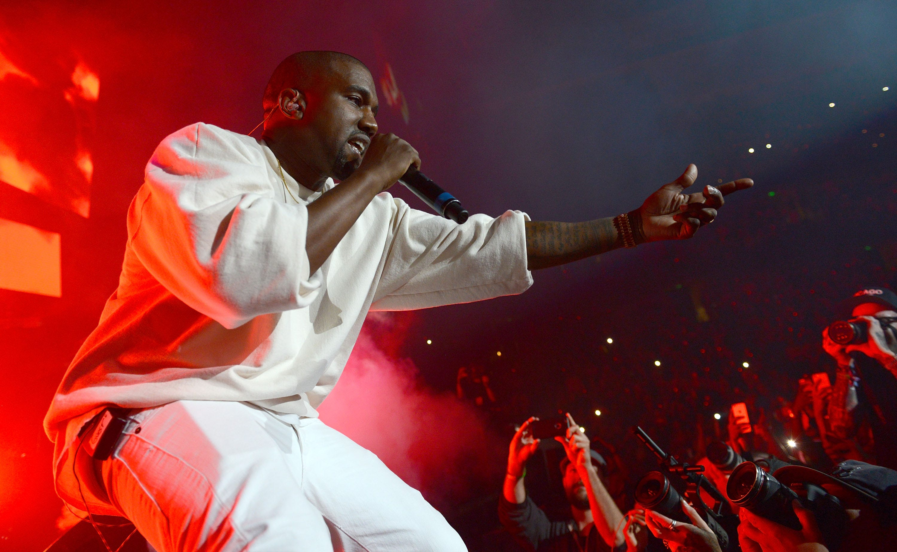 Kanye West Announces Saint Pablo Tour