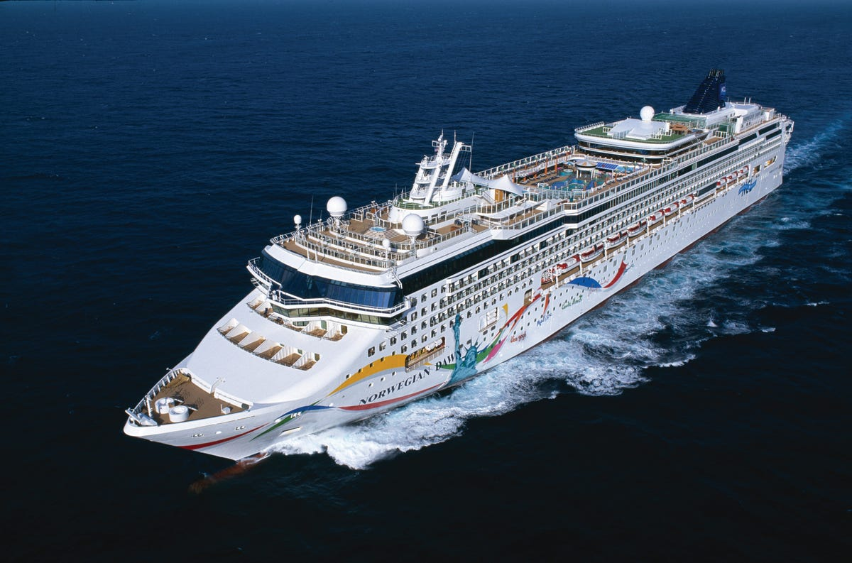 Norwegian Cruise Line fans cry foul over new beverage policy