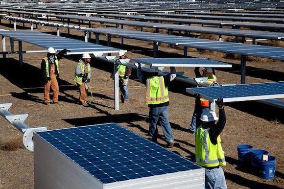 SunPower drops 30% amid power plant struggles