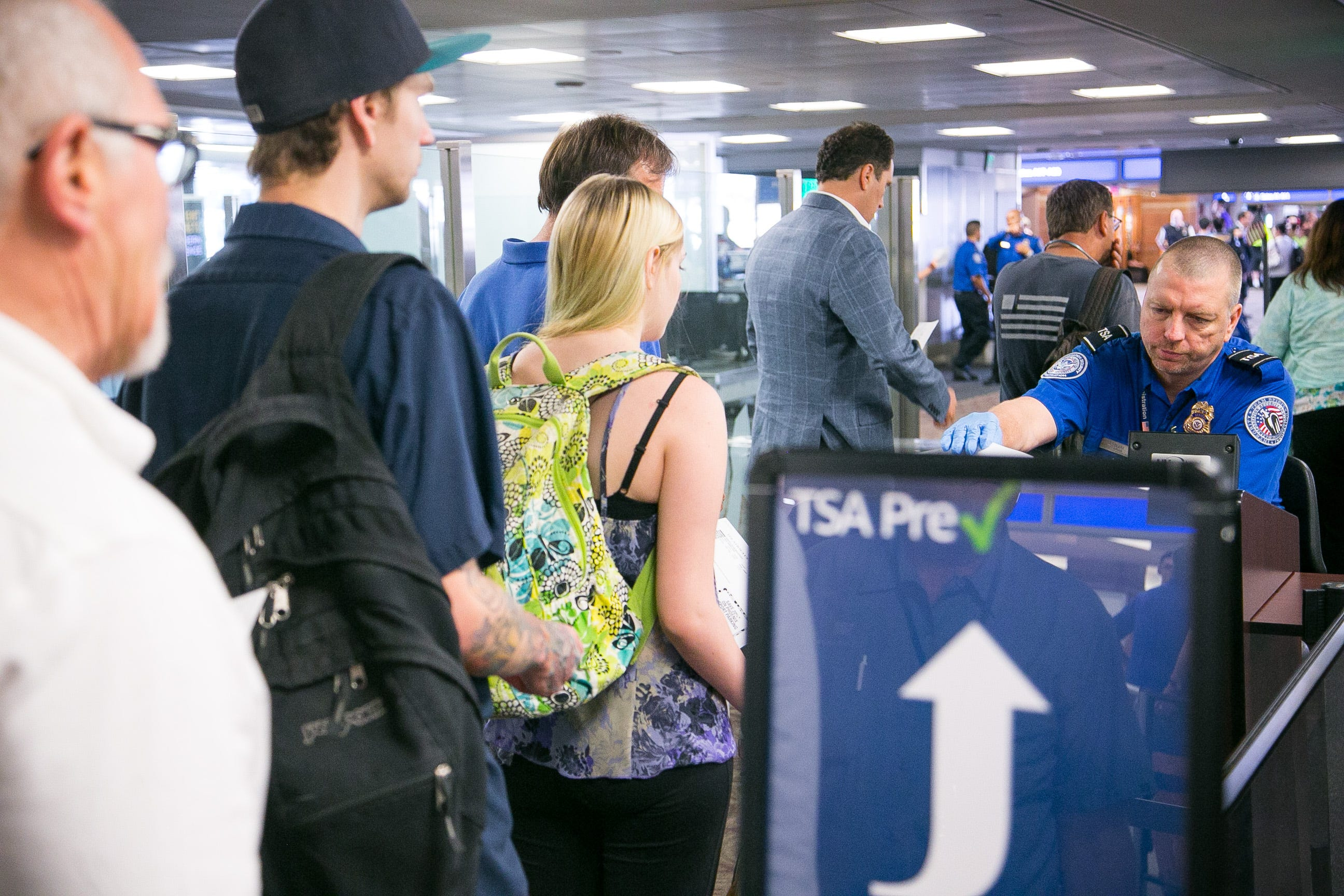 TSA officers at Sky Harbor haven't been paid. Can Phoenix help?