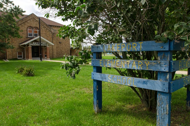 The Port Huron Board of Education entertained an offer for the sale of Lakeport Elementary School at its regular meeting Monday.