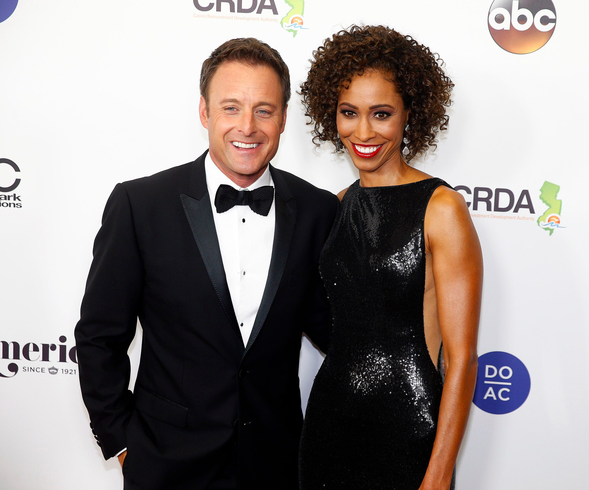 Host Chris Harrison speaks out on 'Bachelor in Paradise' controversy