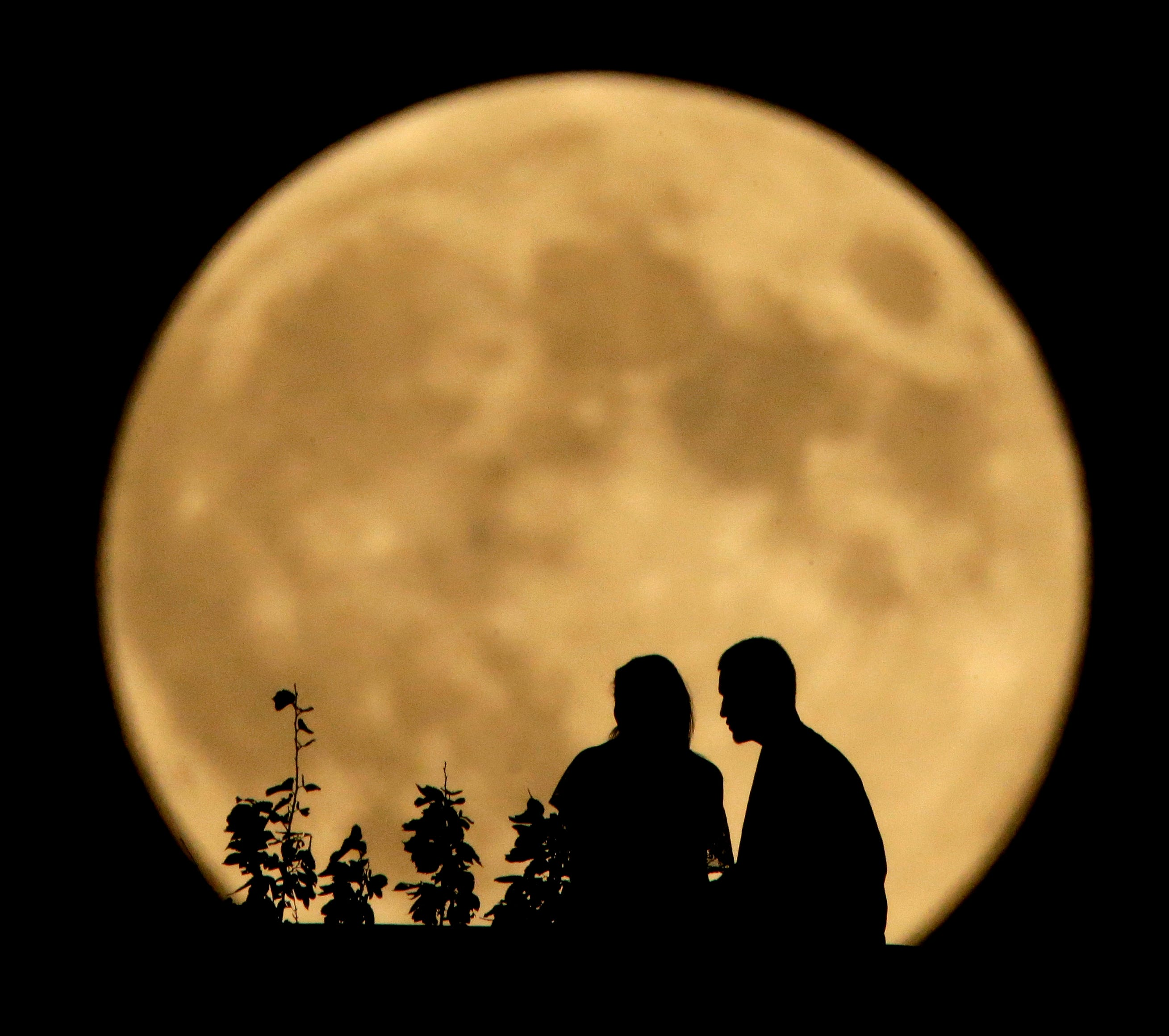 A full moon will rise Friday the 13th. Heres why its so rare - and why itll look small