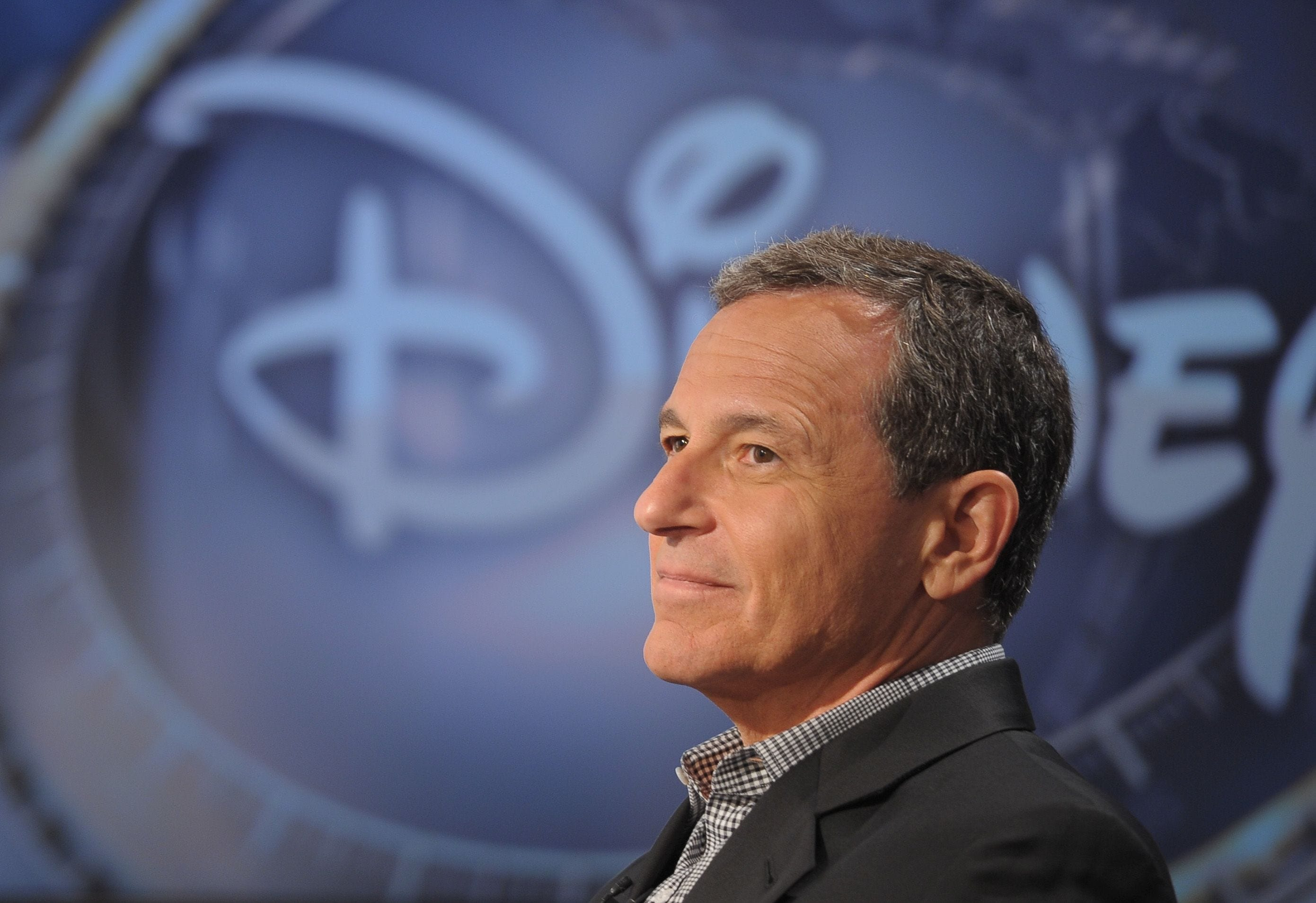 Robert Iger will remain Disney CEO into 2019