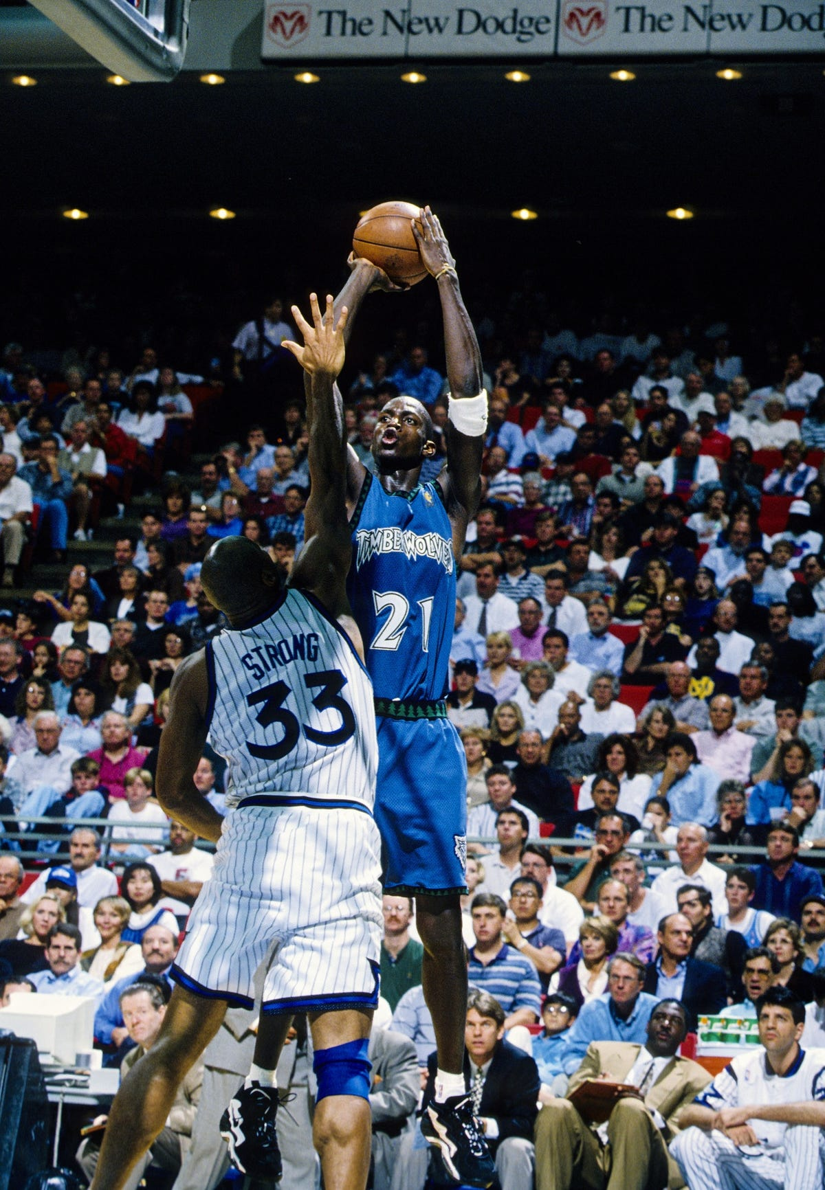 san francisco bb1d3 15e5c A connection between Kevin Garnett, Monmouth hoops assistant