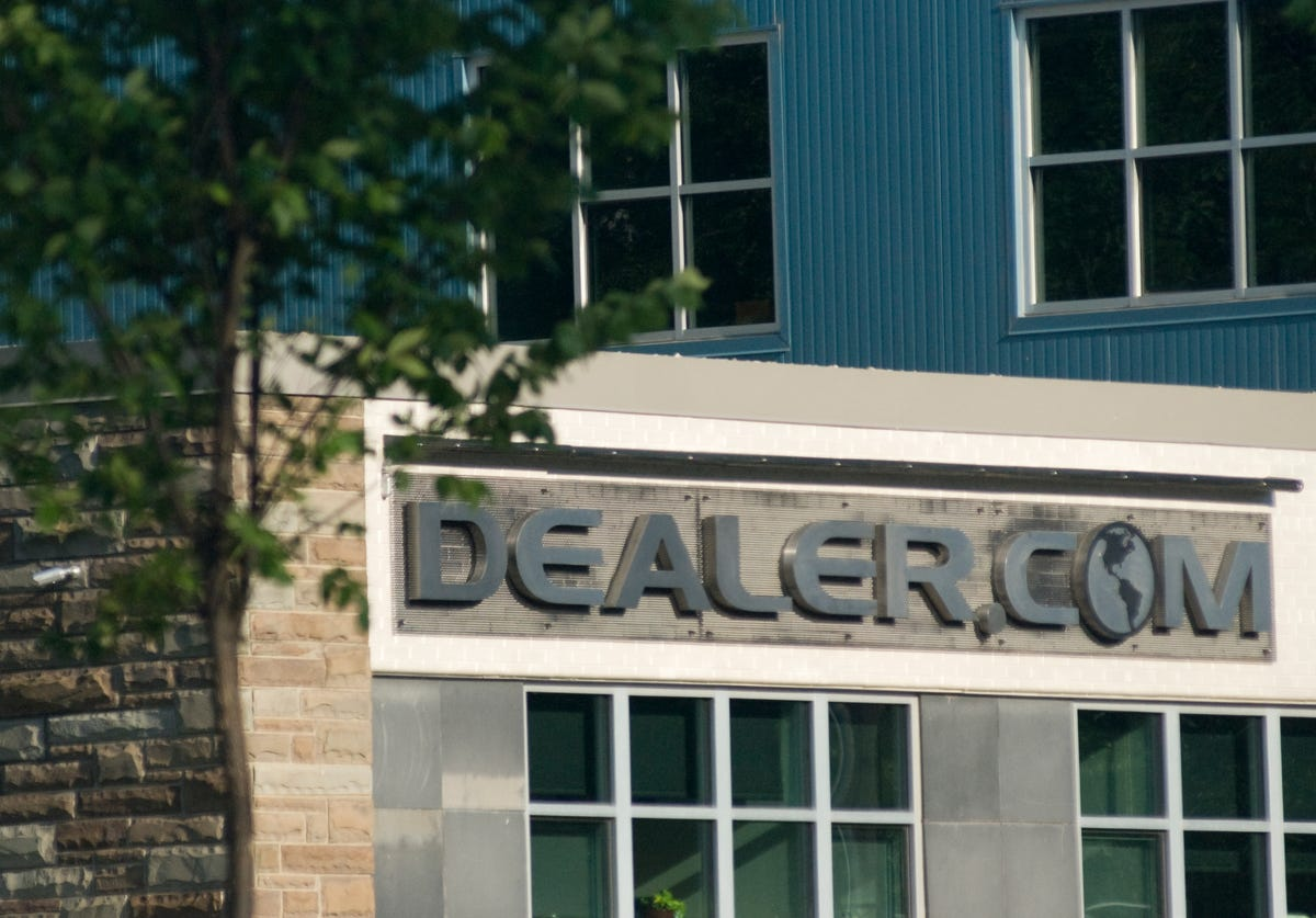 Layoffs hit Dealer com for first time in company history