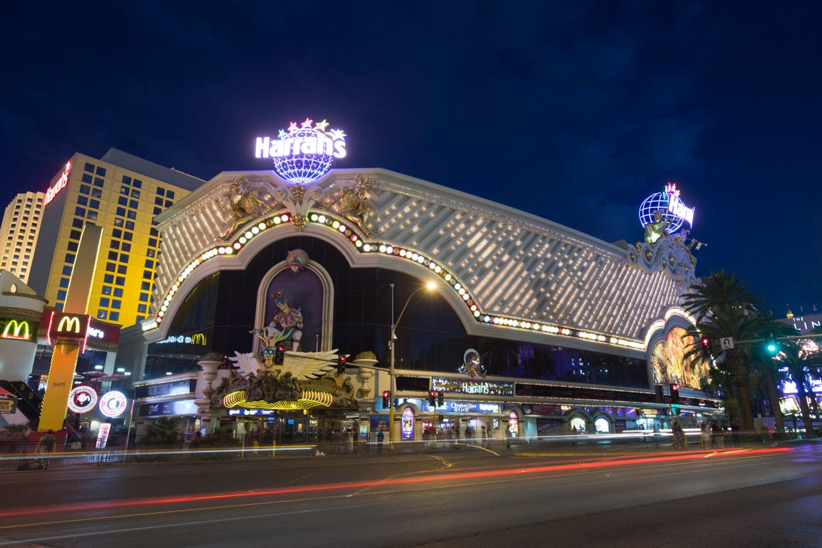 Awe Inspiring Tour The Newly Renovated Harrahs Las Vegas Interior Design Ideas Clesiryabchikinfo