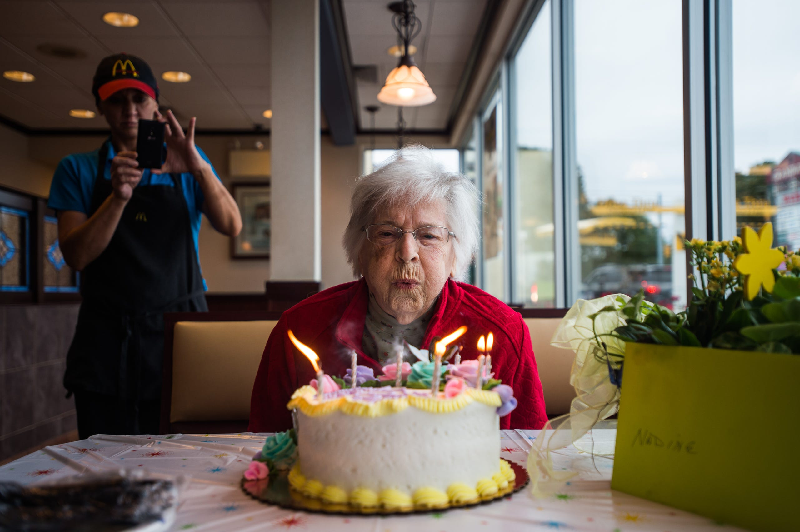 Photos McDonalds Throws Surprise Birthday Party For 100 Year Old