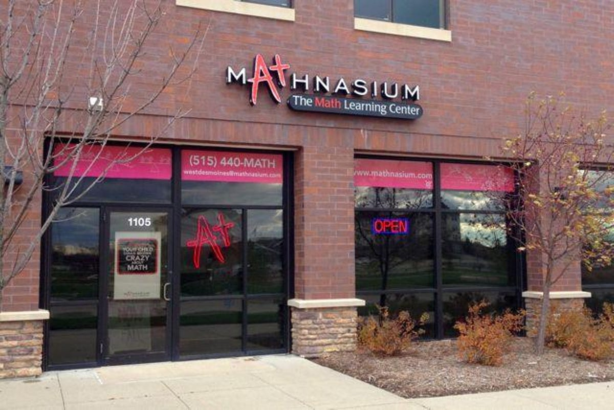 Former NASA staffer helps students master math in Ankeny